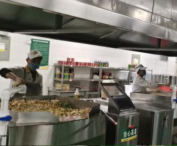 中央厨房的神器之炒菜机