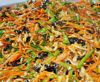 炒菜机炒鱼香肉丝
